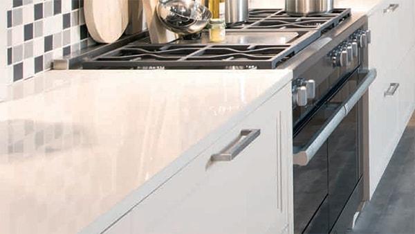lack arbeitsplatte bei küchen staude