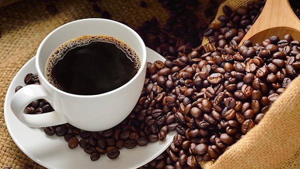 zero waste mit Kaffeebohnen zur müllreduzierung im küchen staude magazin