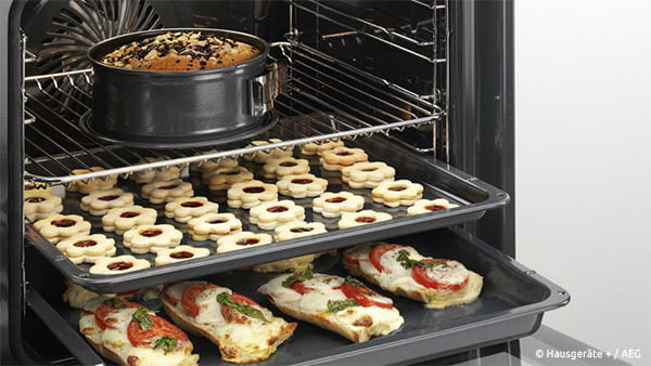 kuchen pizza und gebäck bei umluft im backofen