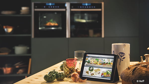 smart home tablet steuerung vom backofen mit home connect