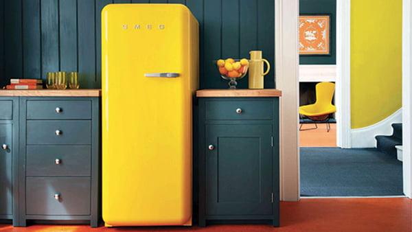 SMEG Retro Kühlschrank FAB28 in Gelb