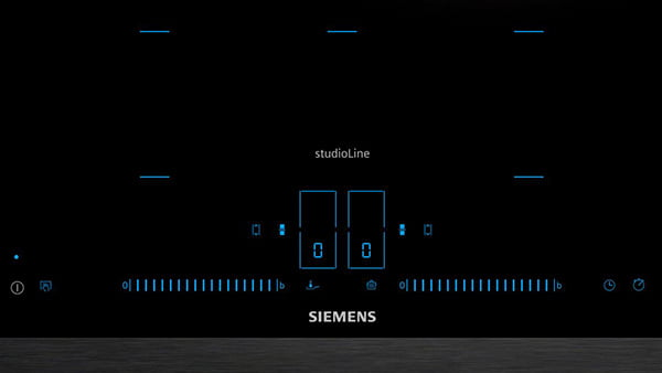 siemens studioline induktionskochfeld mit blauer anzeige und kochfelderkennung die blau markiert