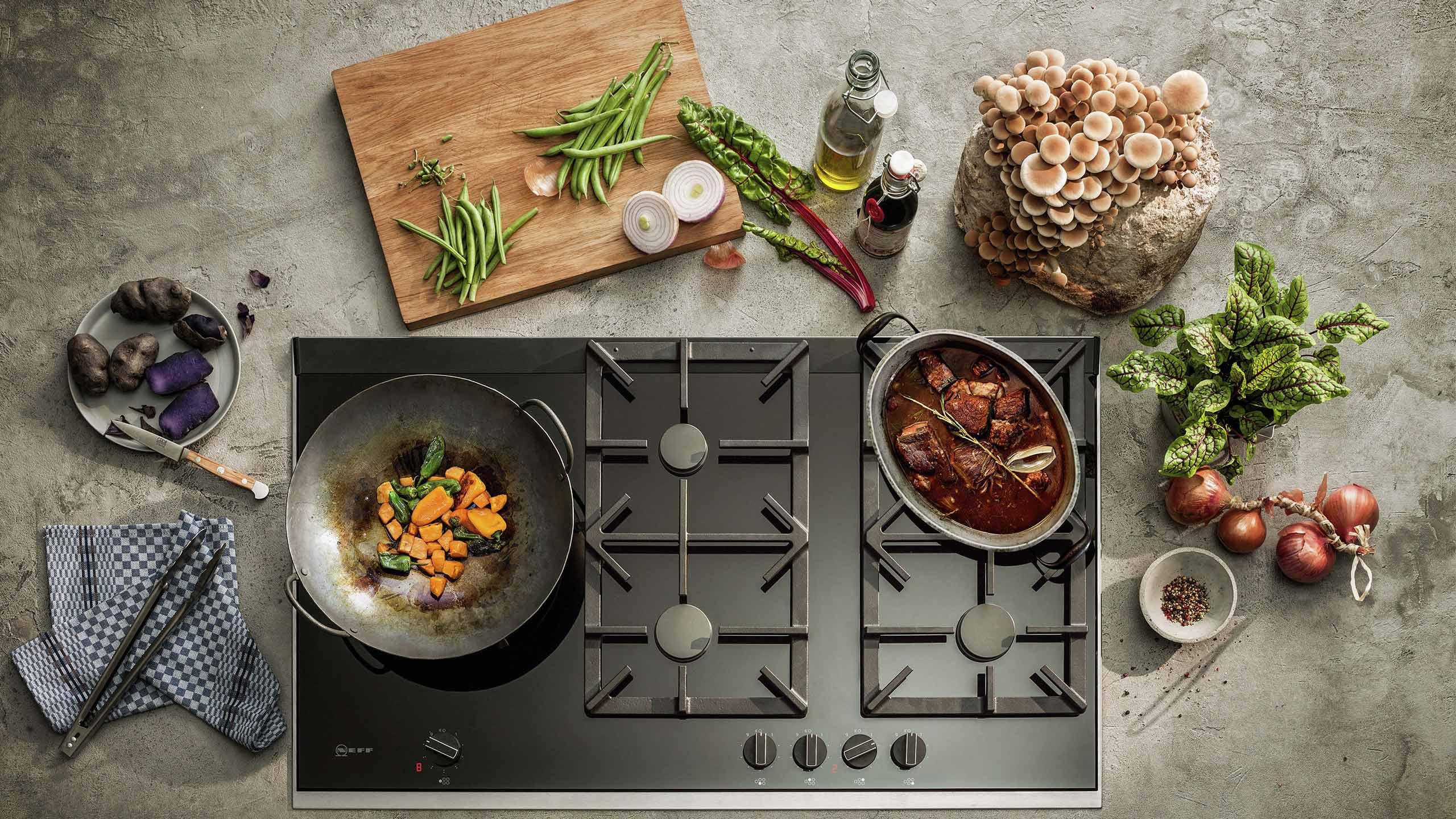 mit gas kochen tipps zu gaskochfeld & herd küchen staude magazin header