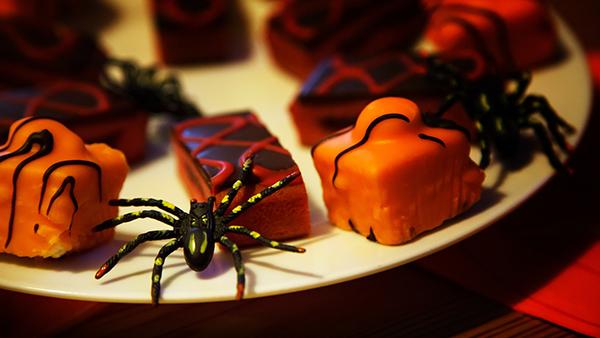 halloween petit four rezept